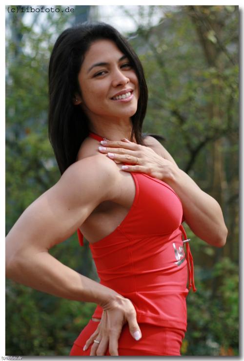 【三次】程よく筋肉質な女の子のセクシー画像part4・13枚目