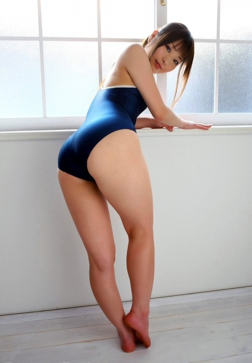 【三次】競泳水着を身に付けたお姉さんのエロ画像part2・29枚目