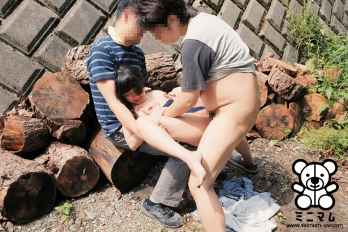【三次】子供にしか見えない女の子が乱交しているおすすめAV&エロ画像・21枚目