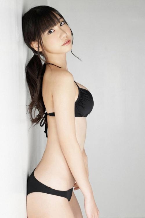 【三次】この巨乳で…色々と妄想できそうなAKB48柏木由紀ちゃんのおっぱいエロ画像・30枚目