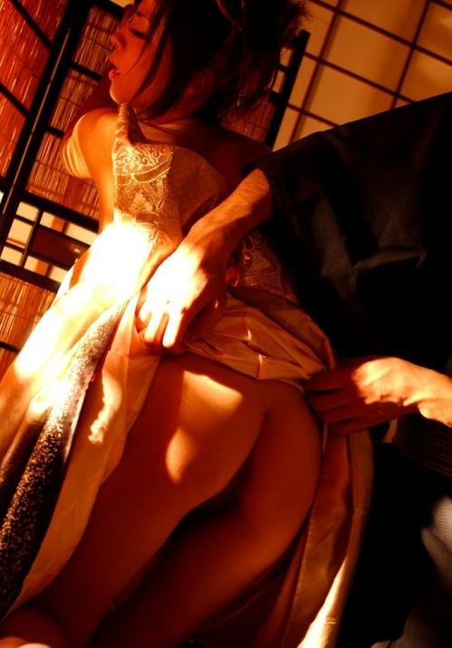 【三次】まさに大和撫子!浴衣や着物姿の女の子のエロ画像・29枚目