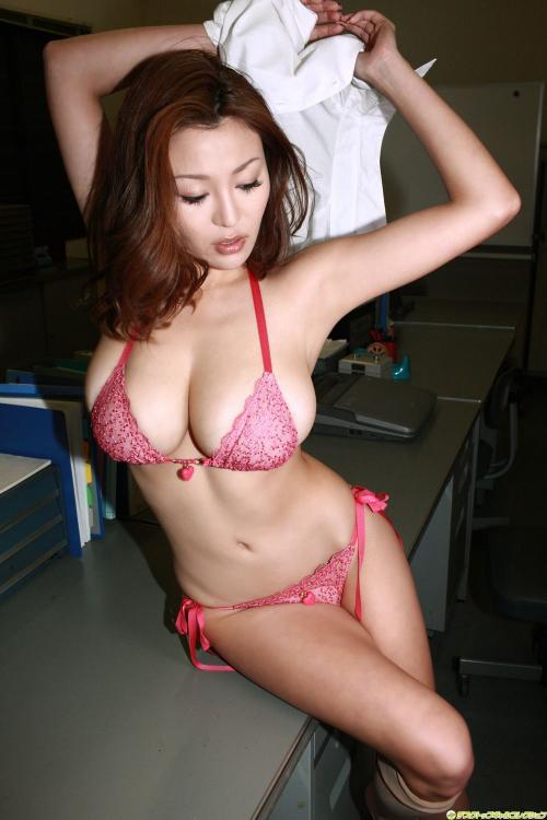 抜けるエロ画像part102・16枚目
