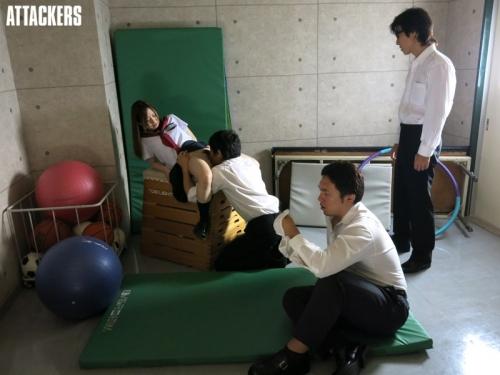 【三次】輪姦され中出しされ男達の肉便器になっている女の子のおすすめAV&エロ画像・6枚目